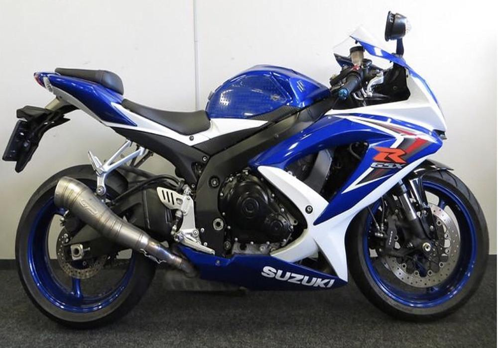 biker family shares his views on suzuki gsxr 750 living with gravity. Black Bedroom Furniture Sets. Home Design Ideas