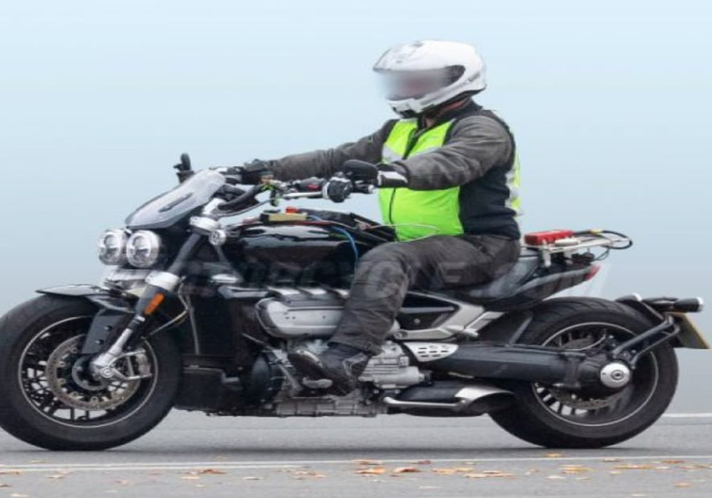 News : New Triumph Rocket 3 spied