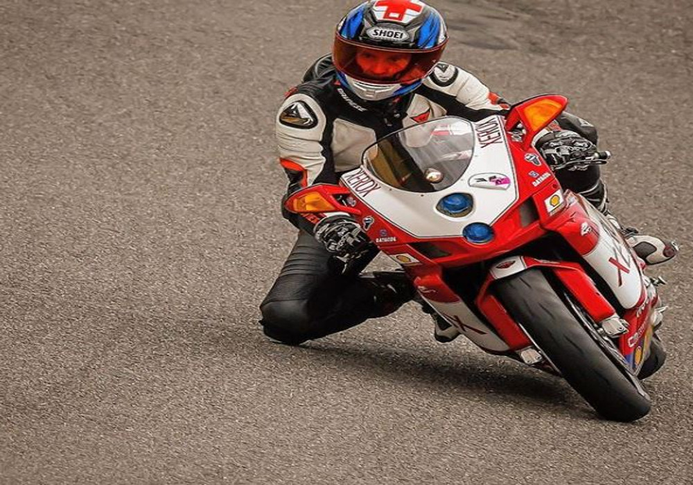 Interview : Track expert and Bike Enthusiast Justin Hyman talks about his experience