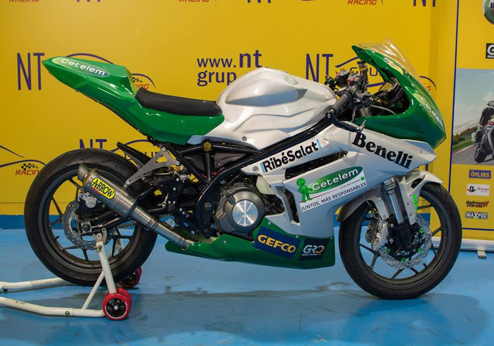Gallery : First photos of the launch and presentation of Copa Benelli 302r