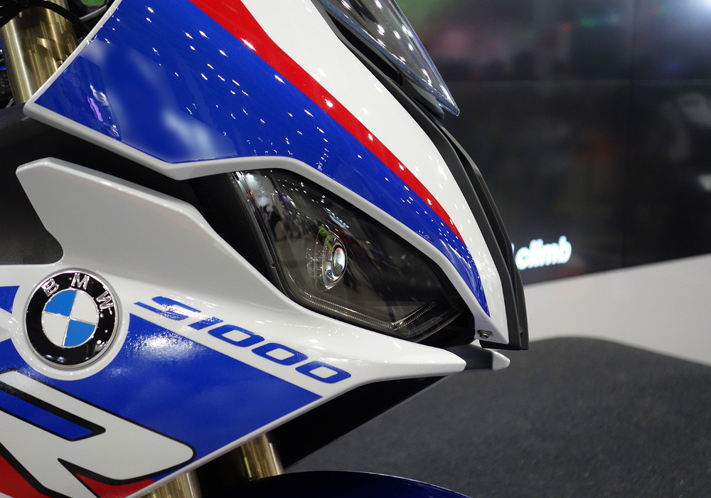 News : Initial Impressions of 2019 BMW S1000RR