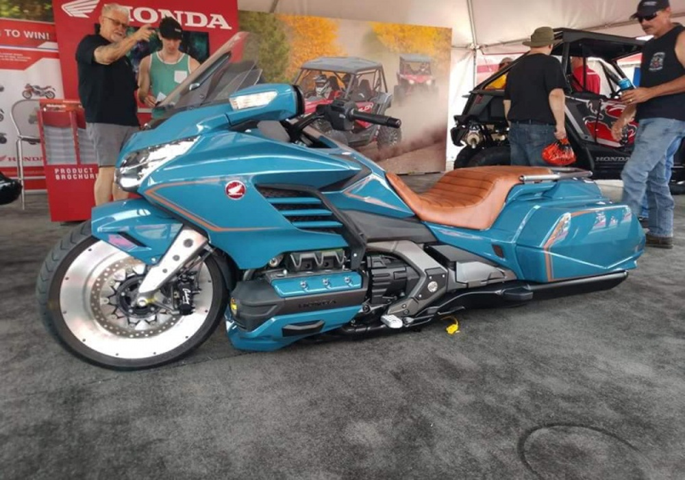 Custom: 'Cool Wing' a Custom Honda Goldwing from Steady Garage is admirable