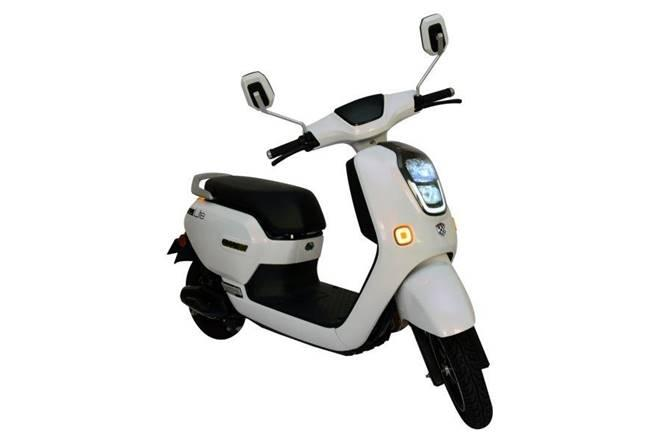 News: Okinawa introduces electric scooter ' Lite ' in India with a starting price of Rs 59,990
